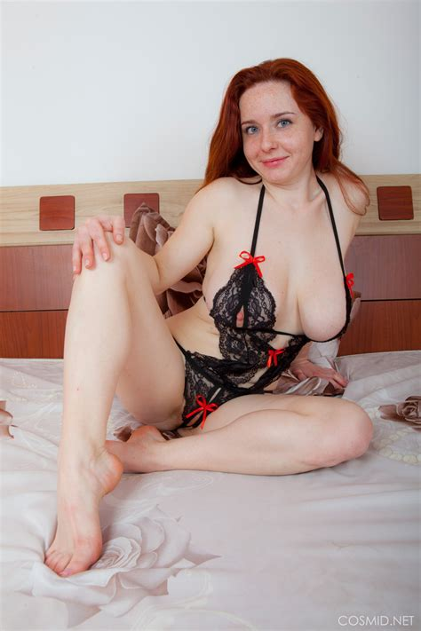 Curvy Redhead With Saggy Tits Spreading Naked To Reveal