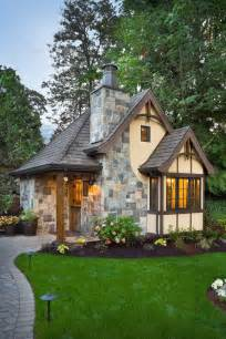 Surprisingly Pictures Of Cottage Homes by 25 Best Pod Ideas On Inside Tiny