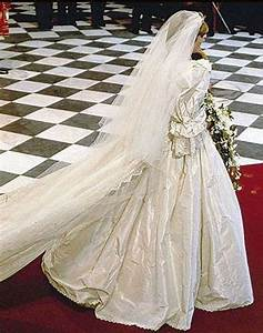 Mariage Charles Et Diana : 1000 images about diana 1981 on pinterest lady diana cathedral in london and prince andrew ~ Melissatoandfro.com Idées de Décoration