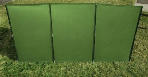 the wallup outdoor privacy screen and wind protector