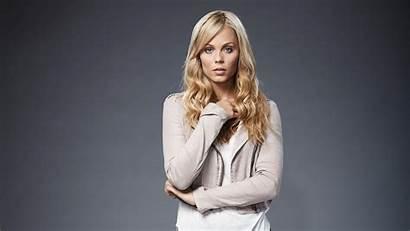 Vandervoort Laura Bitten Supergirl Cast Wallpapers Indigo