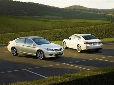 How Much Does A Sedan Weigh by 2013 Honda Accord Coupe V6 Weight