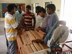 Carpentry Training in Mumbai by Home Cafe | ID: 9832331555
