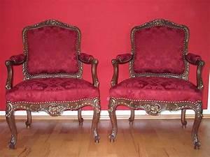 Stühle Selbst Beziehen : st hle neu beziehen stoff fest tackern diy anleitung zum ~ Lizthompson.info Haus und Dekorationen