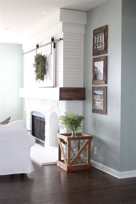 interior paint color ideas farmhouse living room sherwin williams silver mist