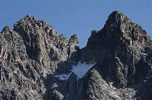 Mt Kenya climb – 5 Days Sirimon/Sirimon Route - Eastern ...