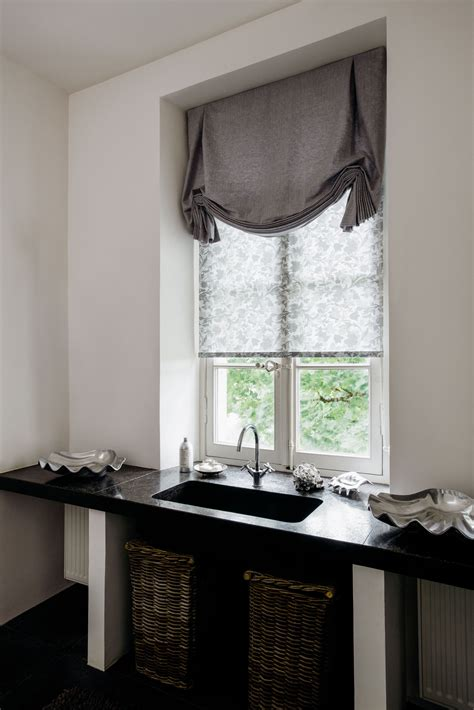 Decorative Window Shades by Try Tulip Shades For A Decorative Touch In The