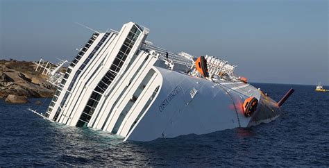 Costa Concordia Cruise Ship Pictures Trapped Survivor Manrico Giampedroni Airlifted To Safety ...