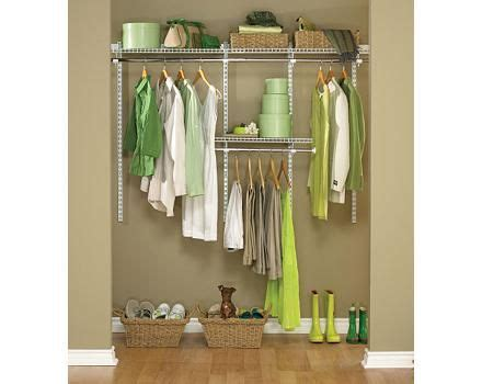Rubbermaid Closet Canada by Rubbermaid White Closet System 3 6 Ft Canadian Tire