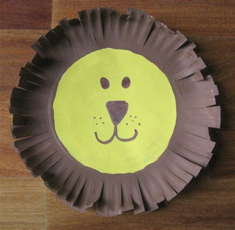 paper plate lion fun family crafts