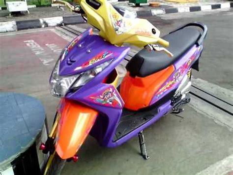 Modifikasi Cat Ebras Motor Beat Pop by Modifikasi Honda Beat Pgm Fi Thailook Racing Blok