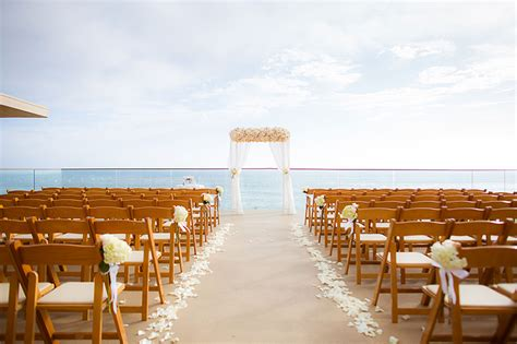 8 California Beach Hotels With Excellent Wedding Packages