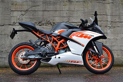 Ktm Rc 200 Wallpapers by Ktm Rc 200 Photos Wallpaper Pictures Free
