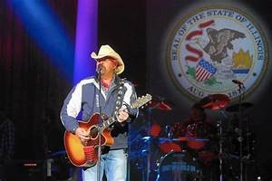 Toby Keith decried as too 'political' for Naperville ...