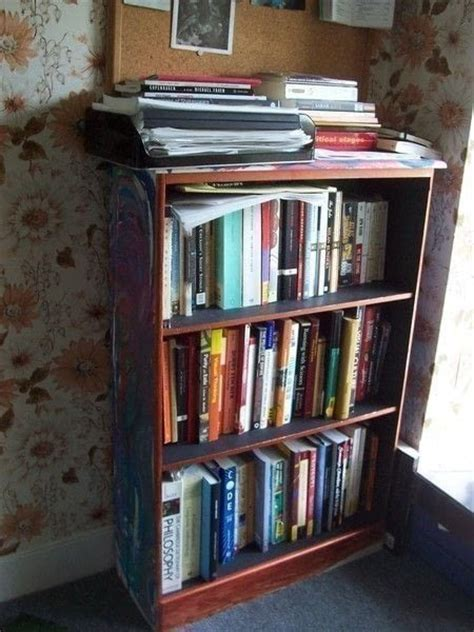 Home Decorating Pictures  Funky Bookshelves