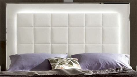 Led Light Headboard by 35 Led Headboard Lighting Ideas For Your Bedroom