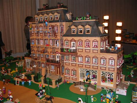 maison playmobil 1900 play set playmobil playmobil dollhouses and doll houses