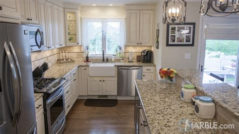 White Kitchen Cabinets And Countertops by Top 5 Kitchen Countertop Choices For White Cabinets