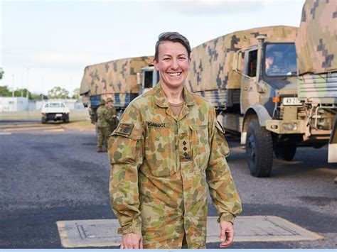 defence jobs australia army officer