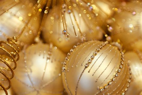 Gold Ornaments Wallpaper by 20 More Decoration For A Free Wallpaper And