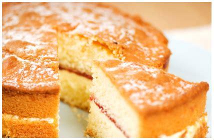 classic vanilla cake victoria sponge cake easy  flop proof