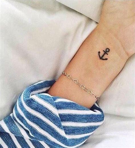 Best 25+ Small Anchor Tattoos Ideas On Pinterest