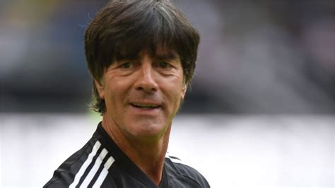 Joachim löw at borussia dortmund v psg (cl 2019/20). Jogi Löw bleibt Bundestrainer - Berliner Morgenpost