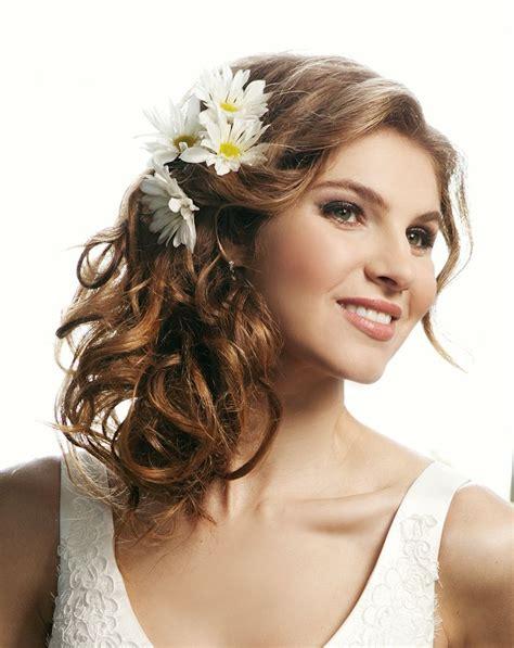 inspirationen  frisuren halboffen haare und beauty