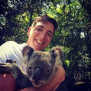 Hello Fred Instagram : oliver phelps with a koala ~ Medecine-chirurgie-esthetiques.com Avis de Voitures