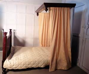 Victorian Half Tester Beds for Sale