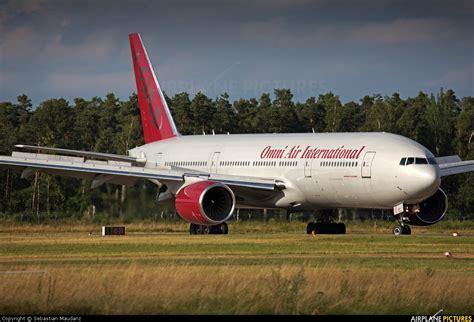 N927AX - Omni Air International Boeing 777-200ER at ...