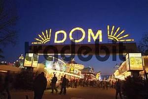 Park Point Hamburg : dome amusement park hamburg germany download places ~ Markanthonyermac.com Haus und Dekorationen
