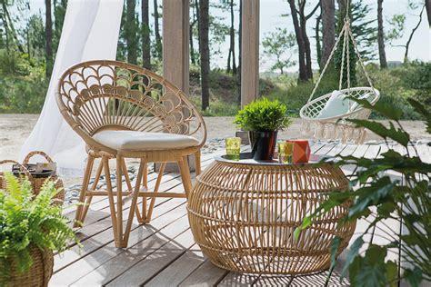 fauteuil paon et table ronde par jardiland