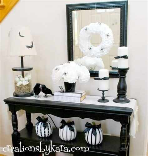 black  white halloween decor