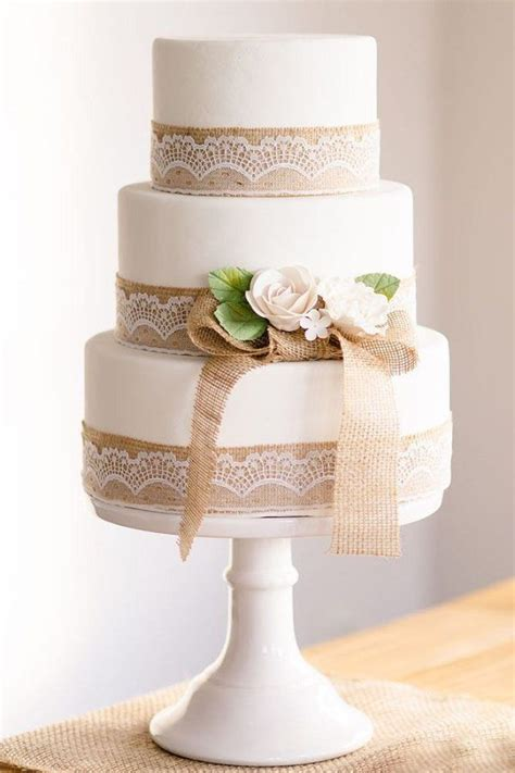 Pin By Confettibasket On Country Weddings Wedding Cake