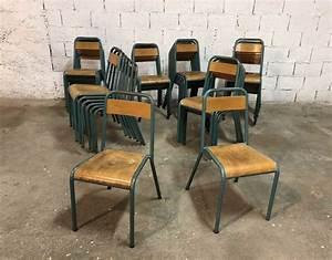 Chaise D école : ensemble de 44 chaises d 39 cole stella vintage ~ Teatrodelosmanantiales.com Idées de Décoration