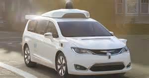 Google's Waymo shows off self-driving Chrysler minivan