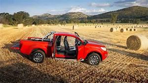 Nissan Navara King Cab : nissan navara np300 king cab pickup 2015 review carsguide ~ Medecine-chirurgie-esthetiques.com Avis de Voitures