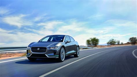 Jaguar Land Rover Electric 2020 by Jaguar Land Rover Wants Half Of Its To Be Electric By