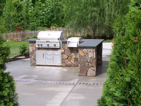 outdoor cuisine outdoor kitchens this ain t my s backyard grill