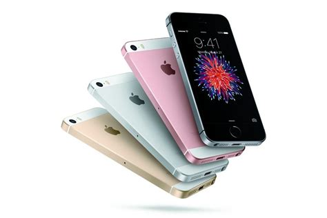 tiny iphone apple s small iphone se was steve right forbes