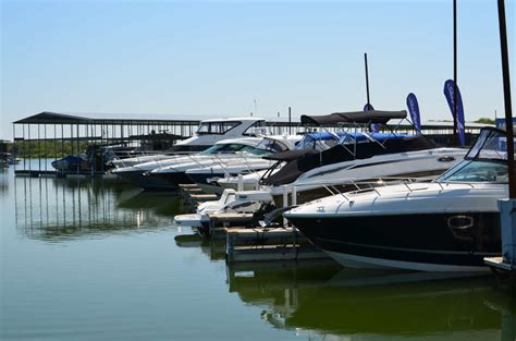 Boat Rentals On Lake Lewisville Tx by Marinas Lake Lewisville