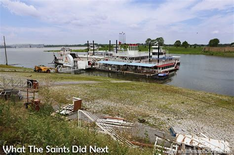 1 Day Mississippi River Boat Cruise From Memphis by Memphis Sightseeing Walk On The Mississippi River Bank