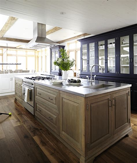 timeless kitchen designs 16 traditional kitchens with timeless appeal 2835