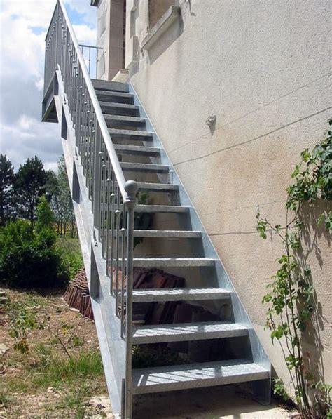 escalier exterieur en acier galvanise photo dt57 esca droit 174 avec palier d arriv 233 e escalier droit d ext 233 rieur en acier galvanis 233 au