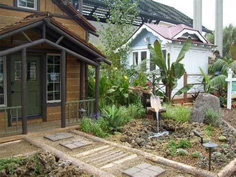 cabin landscaping ideas 1000 images about cabin landscape ideas on pinterest backyard landscaping walkways and cabin