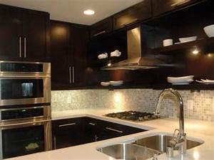 Dark cabinet backsplash idea the interior design for Kitchen backsplash ideas with dark cabinets