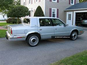 1989 Chrysler Yorker Landau Sedan 4