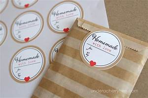 How to make sticker labels a free tutorial on craftsy for How to print sticker labels