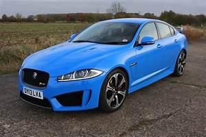 Jaguar Rs : jaguar xf r s 2013 2015 rivals parkers ~ Gottalentnigeria.com Avis de Voitures